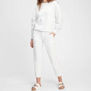 Gap Straight Leg Khakis for summer chillin  😎